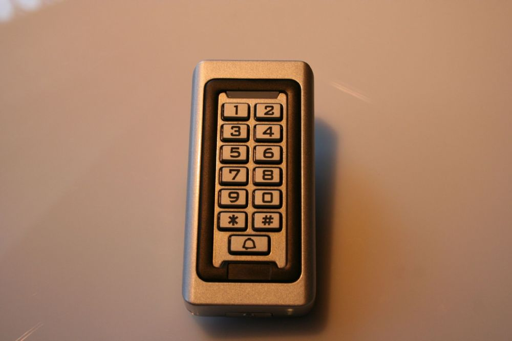 Narrow Digital Keypad
